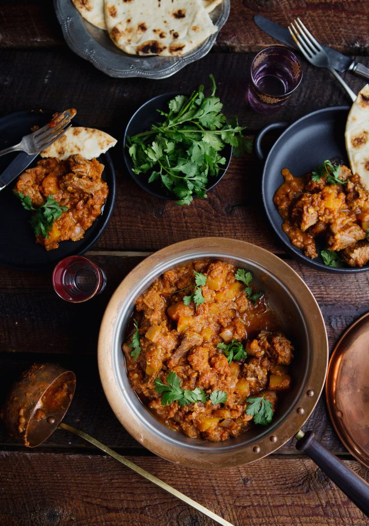 Lentil & tomato curry lamb