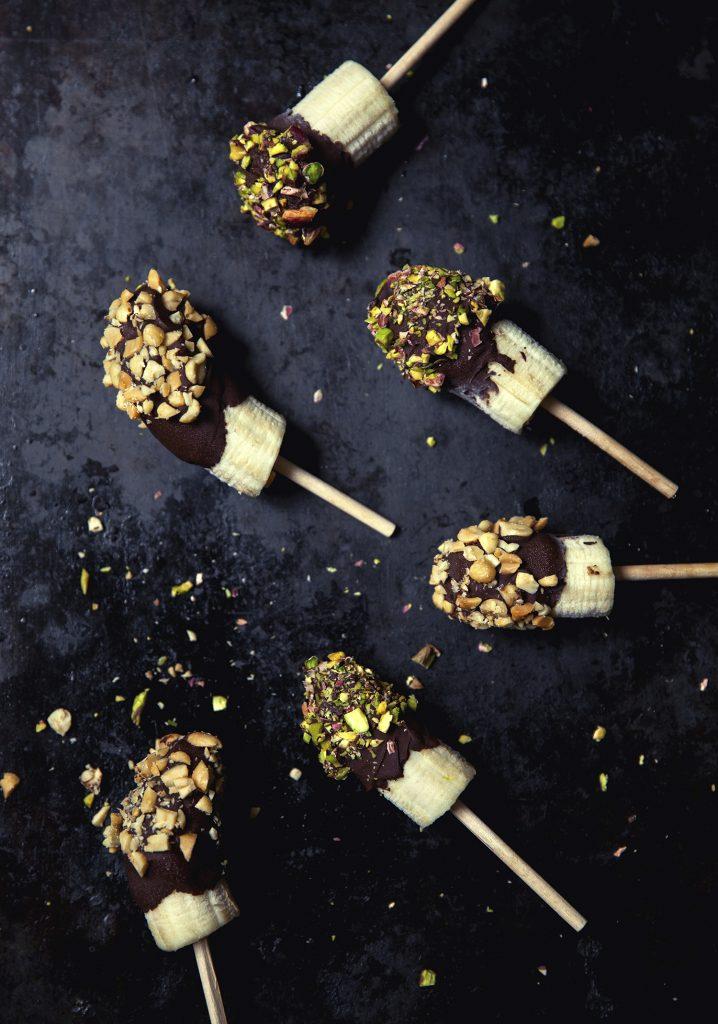 Bouchées de bananes glacées au chocolat