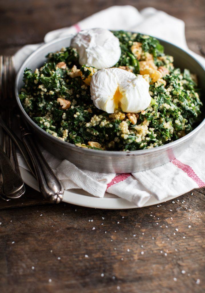 Salade de kale, noix, quinoa & clémentines
