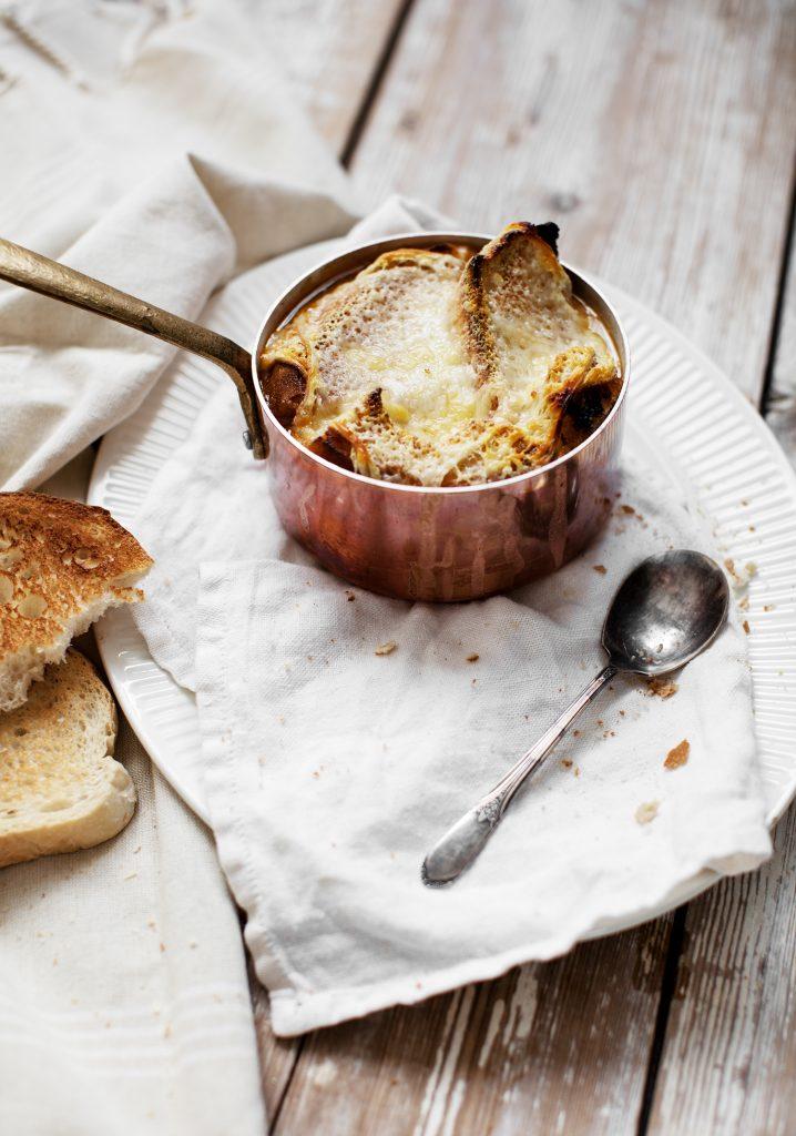 Soupe au chou gratinée
