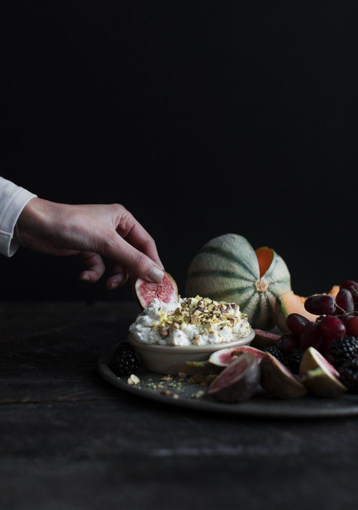 Honey & pistachio breakfast ricotta dip