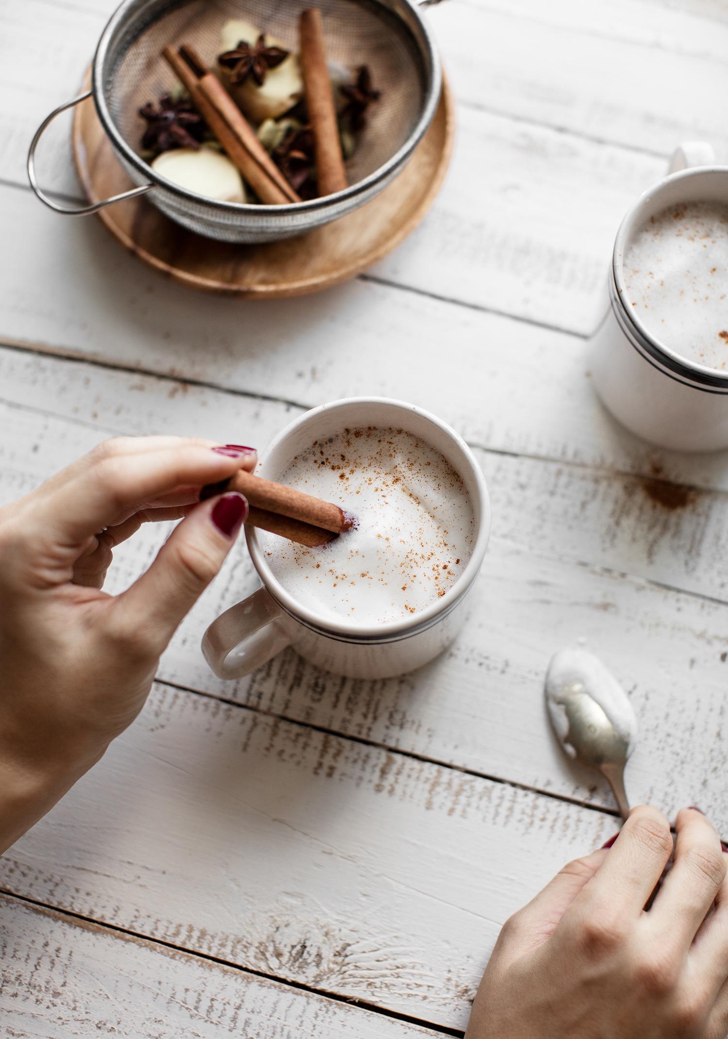 Chai latte maison à l'érable