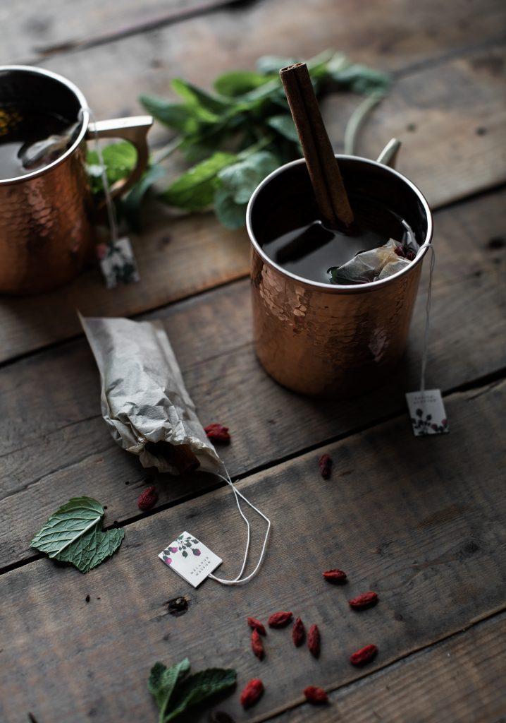 Tisane aux baies de Goji, menthe et cardamome