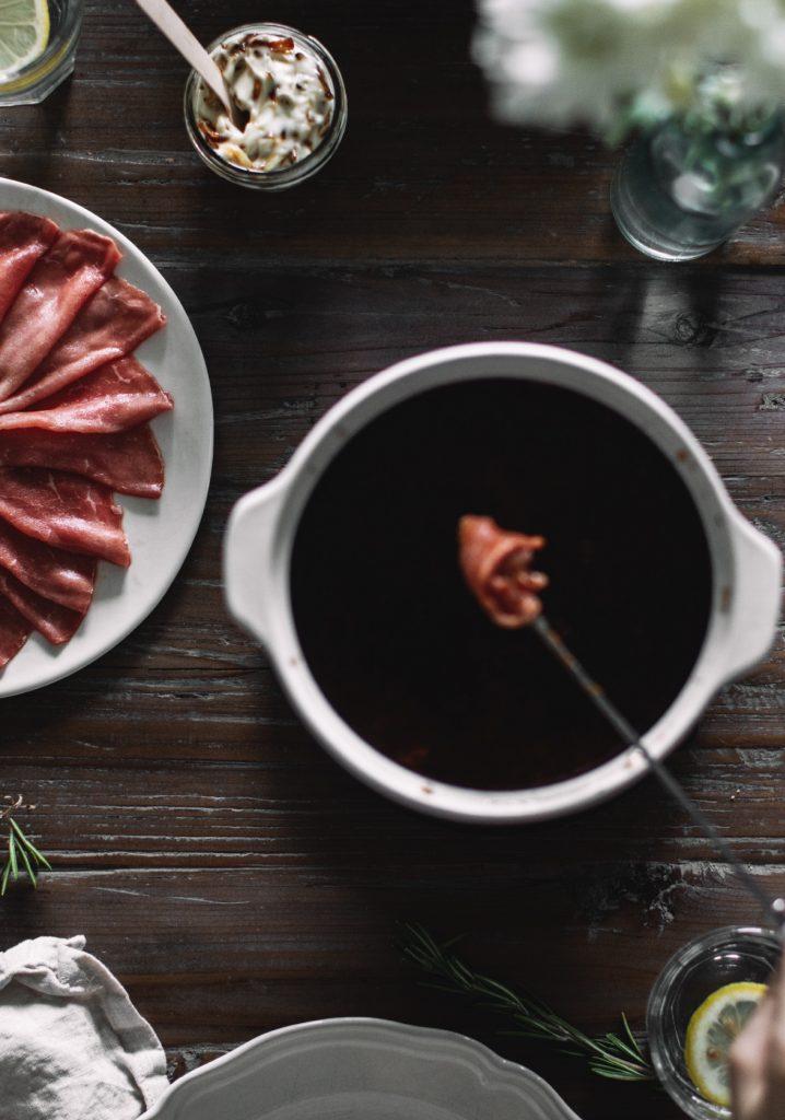 Bouillon de bœuf à fondue classique