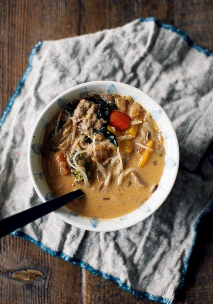Soupe épicée au lait de coco (après-fondue)