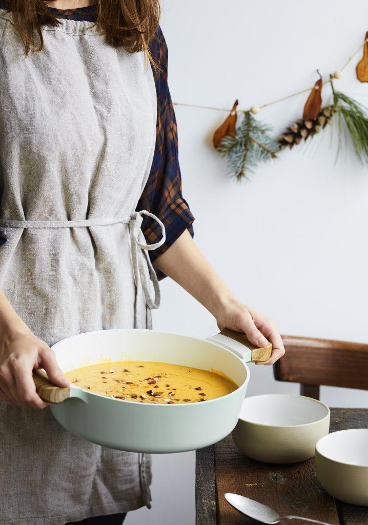 Potage de courge, poires & beurre d'amande
