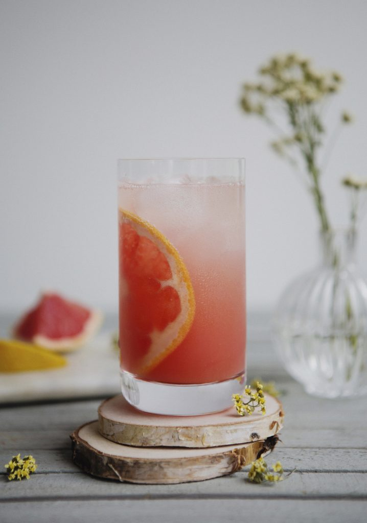 Grapefruit & honey sparkling lemonade