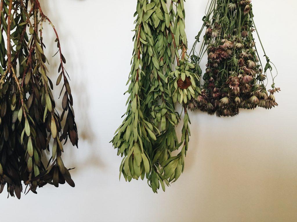 sel de bain la lavande fleurs sech es verdure trois fois par jour. Black Bedroom Furniture Sets. Home Design Ideas