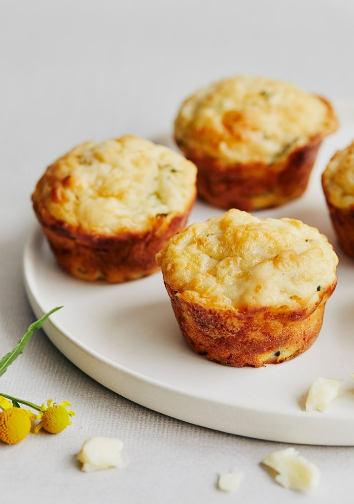 Muffins aux courgettes & au fromage cheddar