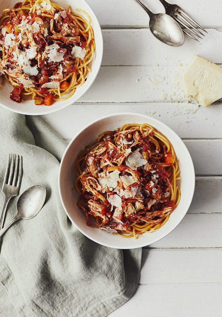 Sauce à spaghetti au poulet effiloché & aux fines herbes