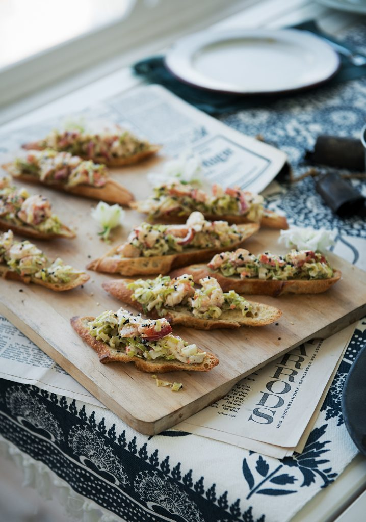 Croûtons de chair de homard, poireau & sésame