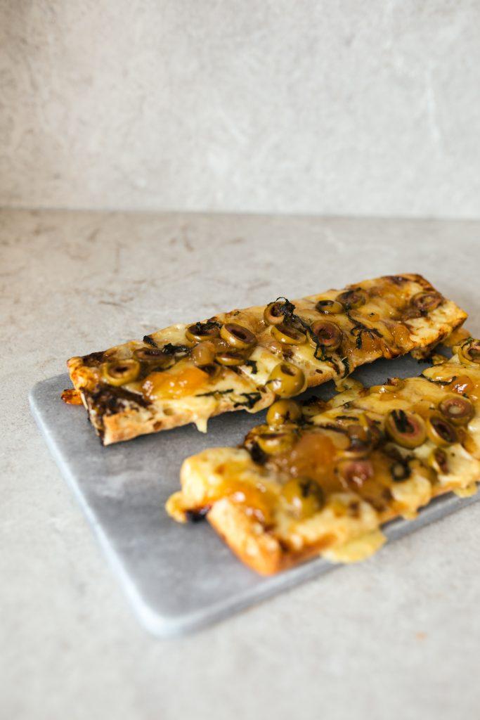 Baguette à partager, fromage & poires