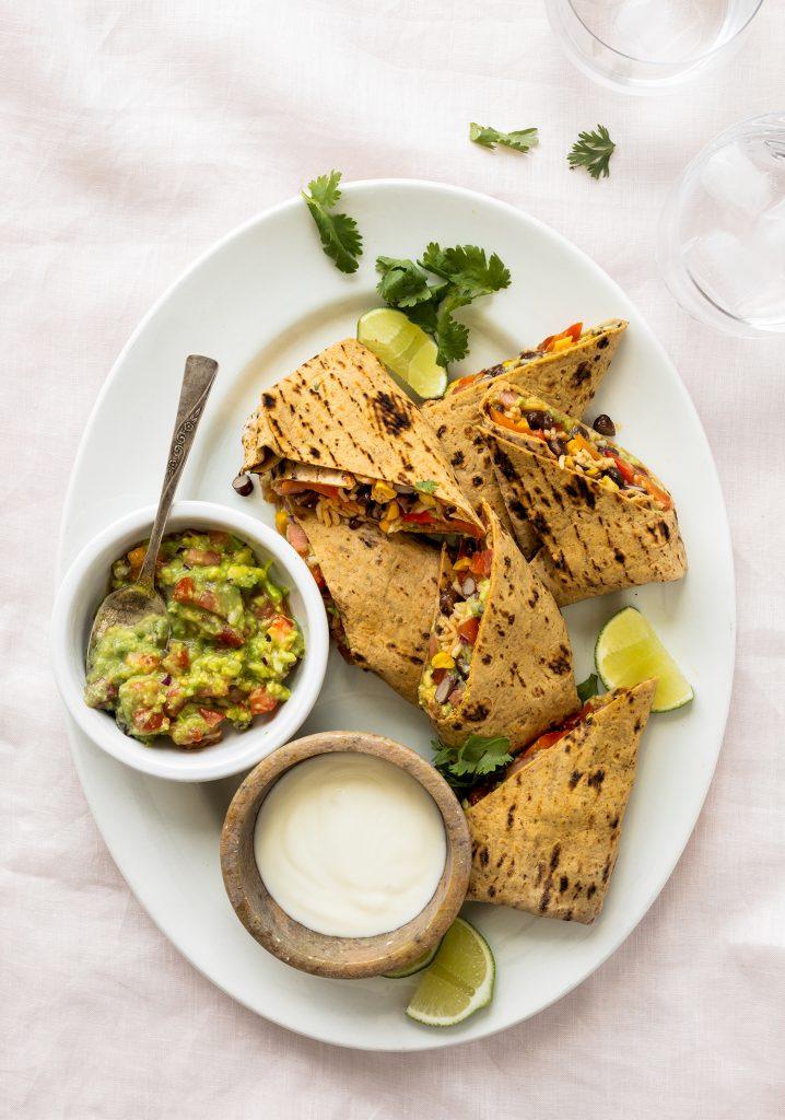 Burritos végétariens au riz & aux haricots noirs