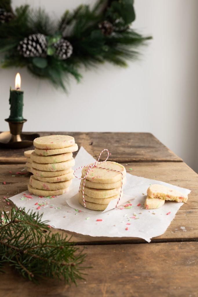 Biscuits au sucre, à la vanille & aux confettis