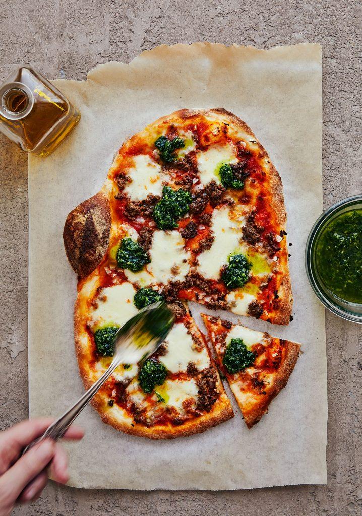 Pizza aux keftas & gremolata