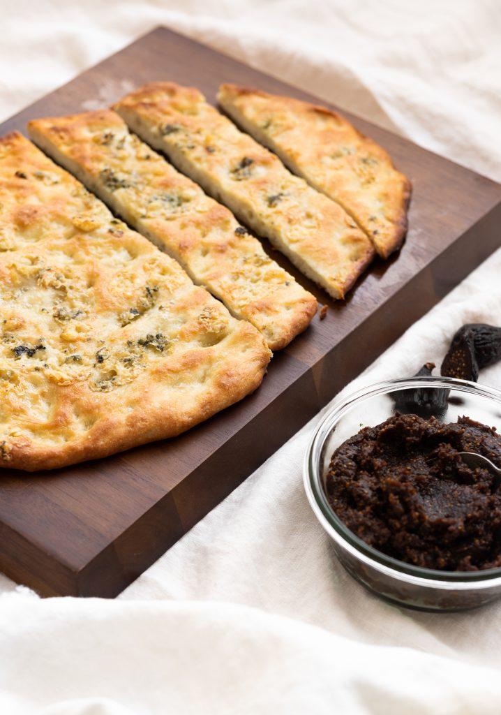 Focaccia au fromage bleu & tartinade de figues