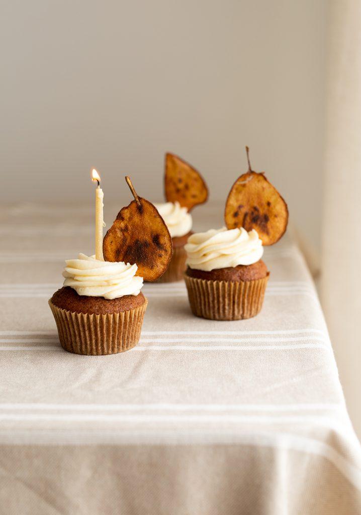 Cupcakes aux poires & glaçage au mascarpone