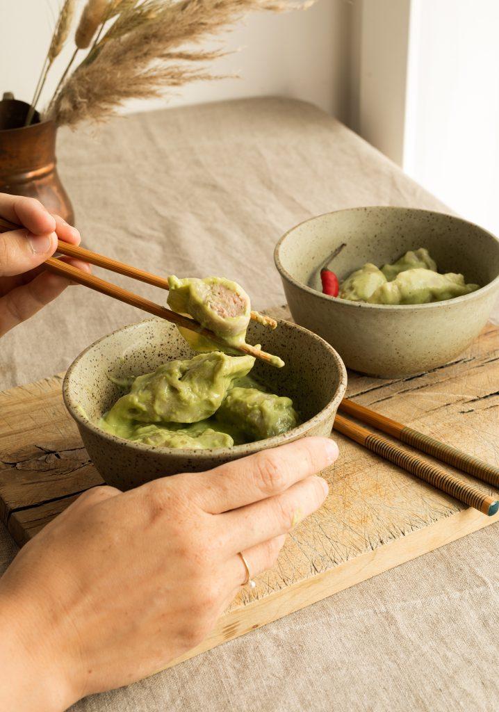 Dumplings à la dinde & sauce crémeuse au curry vert